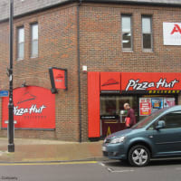 Pizza Hut Delivery Eastleigh Food Drink Delivered Yell