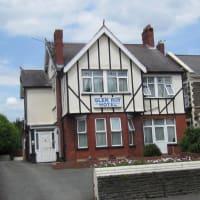 Image Of Glenroy Hotel