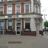 Banks in London Luton Airport | Reviews - Yell