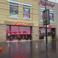 Pizzahut Near Brownhills Walsall Reviews Yell