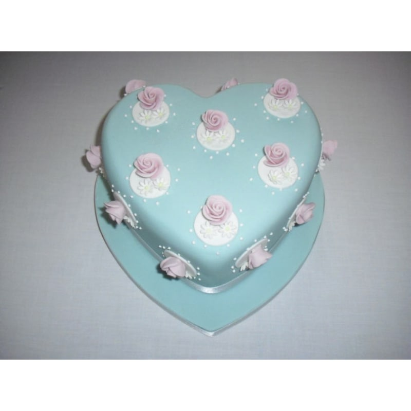 Daniele Homans Cakes Chatham Cake Makers Decorations Yell