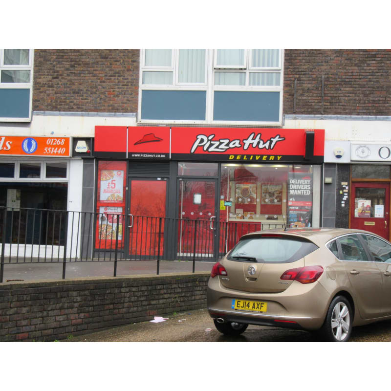 Pizza Hut Delivery Basildon Food Drink Delivered Yell