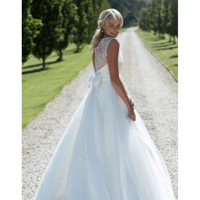 Turner & Pennell Bridal Gallery, Rayleigh | Bridal Shops - Yell