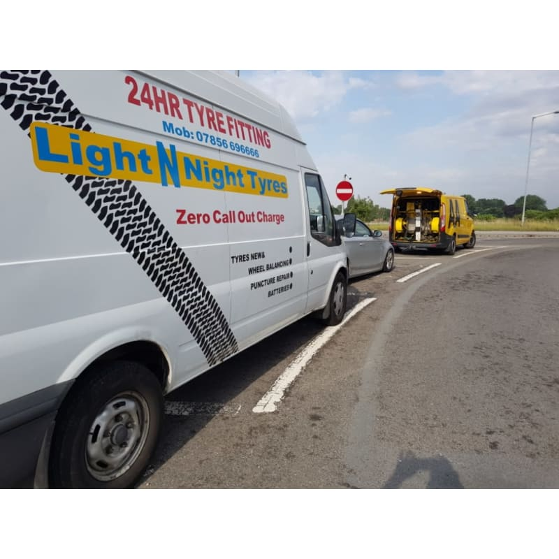 Hull For Mobile Tyre Fitting & Puncture
