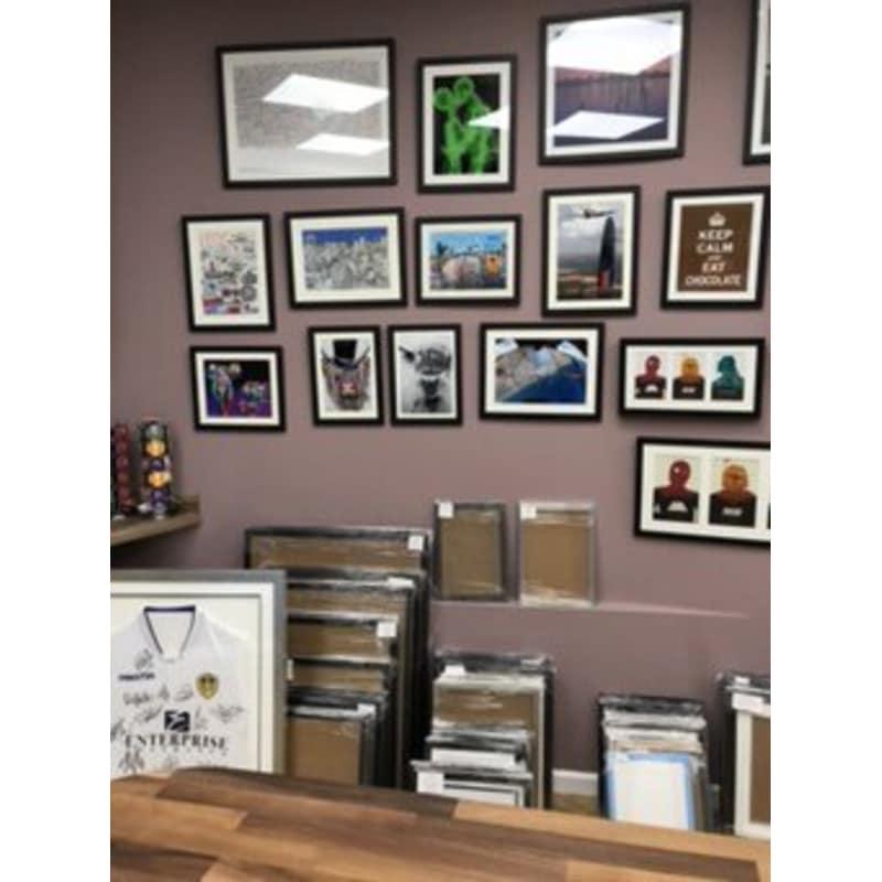 Encantador Picture Framing Leeds Friso - Ideas Personalizadas de ...