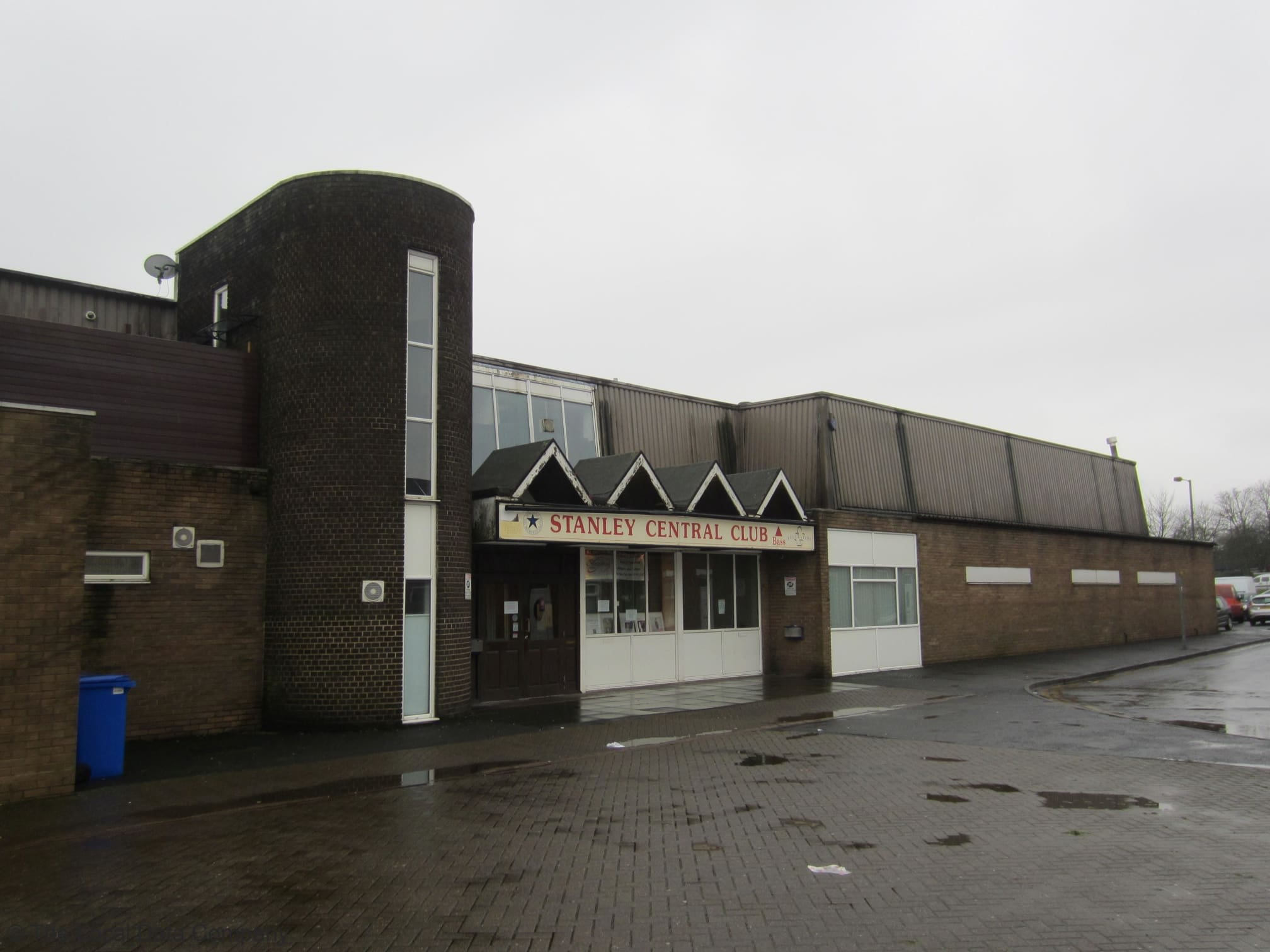 Stanley Central Working Mens Club & Institute   Clifford Road, Stanley DH9 0AD   +44 1207 232882