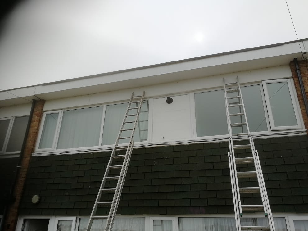 Varleys Building Roofing & Plastering | 21 Fawcus Court, Redcar TS10 5QX | +44 7460 956713